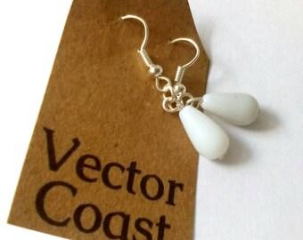 Snowdrop White Earrings, Spring Earrings, Snowdrops, Dangle Earrings, White Earrings, Tear Drop Earrings, Jewelry, 925 Silver Earrings