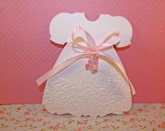 Make custom birth or baptism dress format + envelope. Ideal for baby shower or baptism
