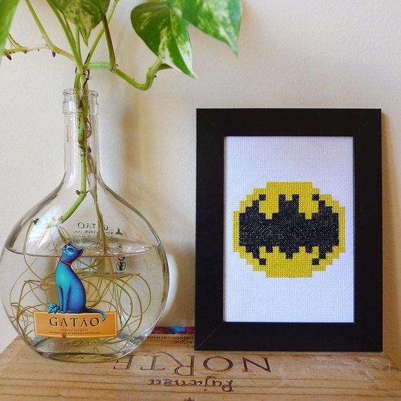 Batman cross stitch Art - Embroidered geek