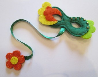 Bookmark in felt with Carnival mask-Handmade-gift for readers