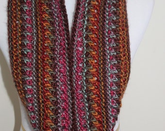 Multicolored chunky knit cowl
