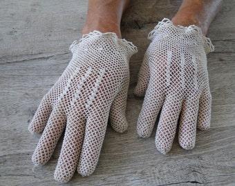 beige gloves vintage crochet size 5.5