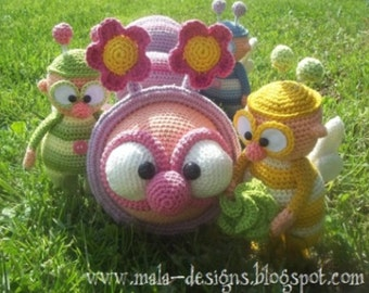 feel good beetle and caterpillar, crochet pattern by mala designs