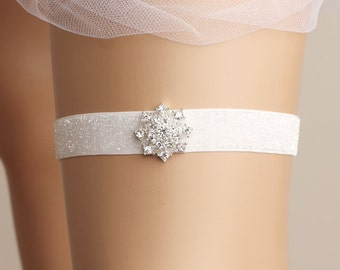 Wedding garter, bridal garter, toss garter, lace garter, rhinestone garter, white garter, glittering garter, glitter garter