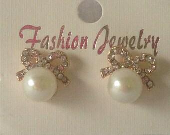 SS pearl bow earrings