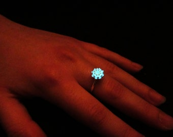 Sterling silver lotus ring glow in the dark
