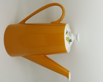 Retro Mustard Yellow Coffee Pot by Johnson Brothers Snow White Range / Fabulous Coffee Pot with Large Handle dating to the 1950s