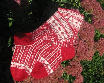 knit socks Wool socks. red socks. Norwegian socks. Christmas socks. knitted socks. gift to man. gift to a woman. men's socks. Women's socks