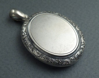 Sterling Silver locket c 1880