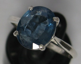 Natural sapphire 2.8 ct & sterling silver 925 ring size 7