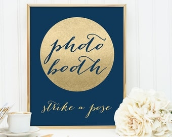 Photo Booth, Strike a Pose Sign DIY / Navy and Gold Wedding Sign / Metallic Gold Sparkle Circle / Champagne Gold ▷ Instant Download JPEG