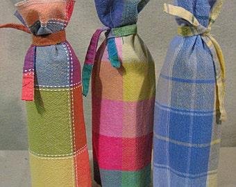 SET of 3 Wine Bottle Covers, Set of 3 Wine Bottle Bags, Picnic Wine Bottle Covers, Picnic Wine Bottle Bags, Summer Plaid Wine Bottle Covers