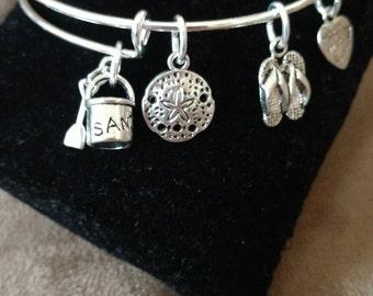Expandable Silver Colored Bangle Charm Bracelet BEACH Sand FLIP FLOP