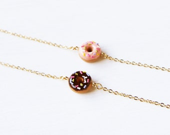 Elfi Handmade Cute Mini Pink and Chocolate Donuts Bracelet, Dessert Food Jewelry,Donut Charm, perfect for Christmas gifts, Kawaii, Gift