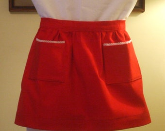 Child's Apron Red with Pockets Large (7-8)