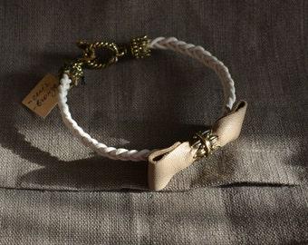 Bracelet leather and bronze
