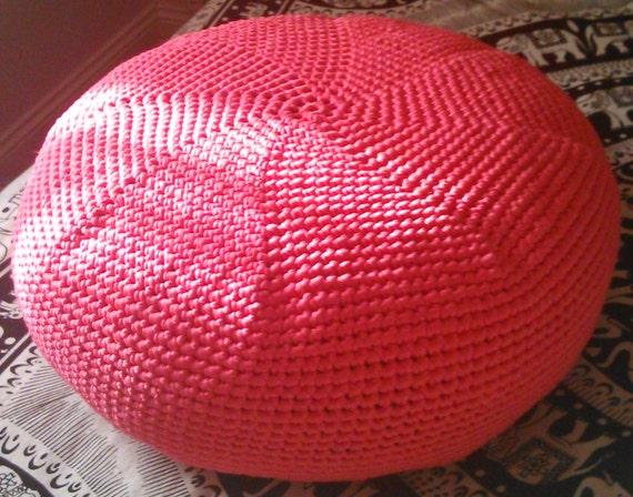 gestrickte h keln hocker pouf rosa ottoman hocker in tief. Black Bedroom Furniture Sets. Home Design Ideas