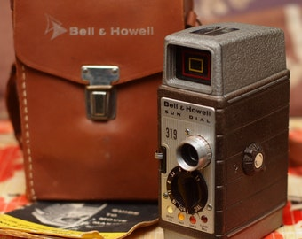 Bell & Howell Sun Dial 319 - 8mm Movie Camera (1953)