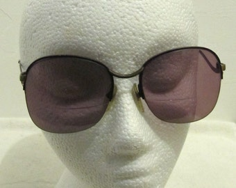 Marked Down 30%@@Vintage 70's,Curved Frame Bifocal SUNGLASSES By GEOFFREY BEENE.