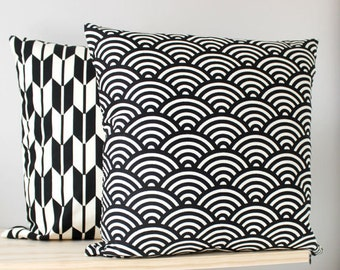 Japanese Waves | Cushion Cover | Pillow Cover 18x18""