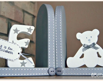 Personalised Teddy Bear Bookends with initial for children. Set of 2 bookends, one with an initial another one with a teddy bear.