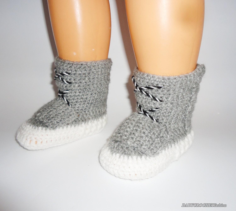 Crochet Yeezy : Crochet Baby Boots Yeezy 750 Boost Baby by BABYCROCHETfashion