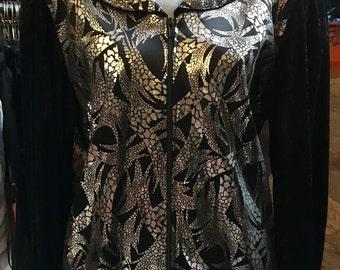 1980' black velvet hoodies, silver decoration, shoulder pads. Size M.