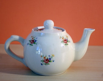 Small Teapot for one with flower pattern