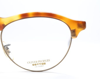 Vintage Oliver Peoples OP-24, classic and sophisticated eyeglasses with tortoise shell frame, 1980's
