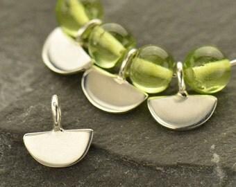 Sterling Silver, Tiny Scallop, Scallop Dangle, Scallop Charm, Silver Scallop, Silver Tiny Scallop, Scallop Jewelry, Geometric Jewelry
