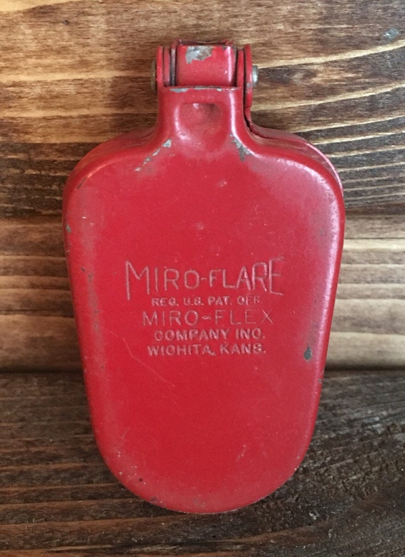 SAVE 25% WITH CODE: SAVE25 Vintage Miro-Flare Miro-Flex Red Mini Reflector Set