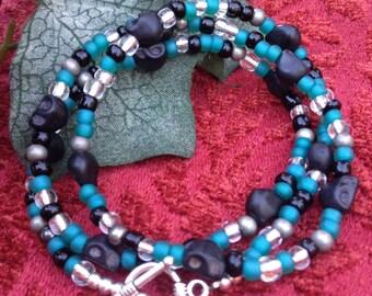 Handmade Beaded Black Skull Bracelet