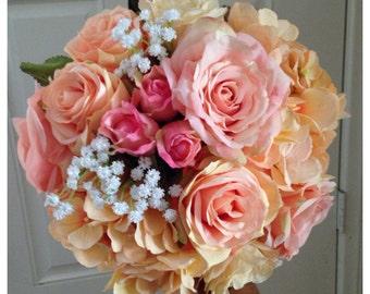 Peach bouquet. Pink and peach Wedding bouquet.