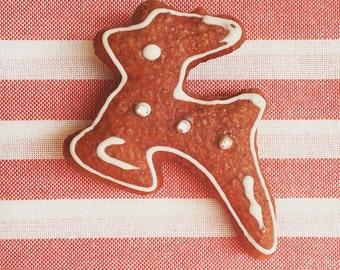 Cute Bambi cookie brooch!