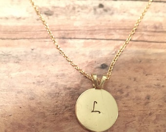 Initial necklace in gold or silver
