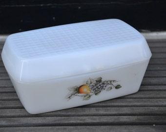 Arcopal Fruits de France, butter dish