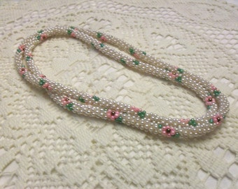 Vintage Flowered Beaded Rope Necklace