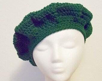 Crochet Green beret, crochet beret, handmade beret, gift for her, handmade, slouchy, slouchy beret, warm and soft, winter hat, gift