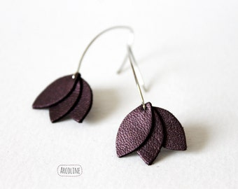 Petals iridescent Purple Leather earrings