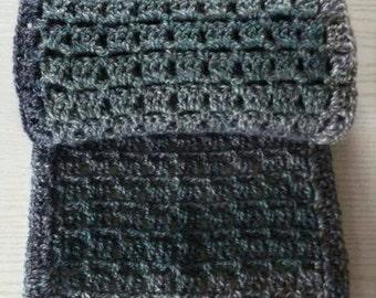 Stylish handmade unisex shawl made from premium acrylic yarn