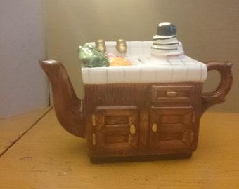 Miniature Kitchen Sink teapot