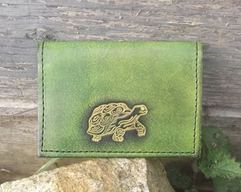 "Credit cards holder , turtle design , colour ""vert anis""(16 colours available)"