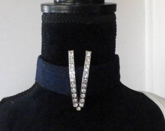 Denim choker with diamantes