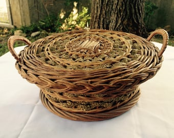 Wicker Sewing Basket, Sewing Basket, Wicker basket, Antique Wicker, Rope Basket, Needlework Basket