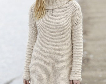 Knit oversized woman sweater,  long sweater,  with vent and detachable collar with rib in alpaca, soft merino wool, for women