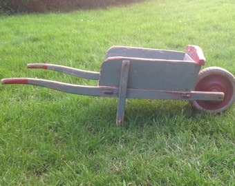 Child wheelbarrow