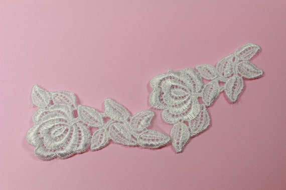 Pcs embroidered white organza roses applique lace leaves
