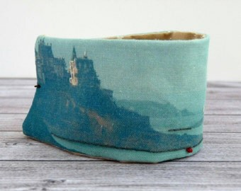 cuff/ fabric bracelet realized from a embroidered photo, Dinard
