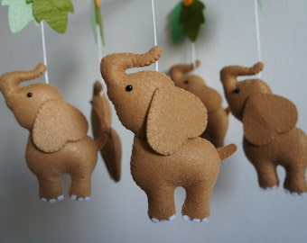 Mobile 5 elephants in felt handmade for baby