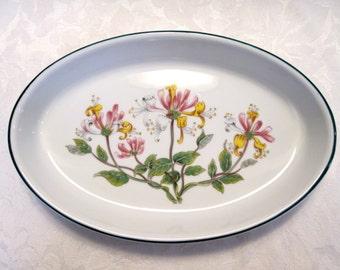 Aynsley Oval Baker Casserole Dish Lyndhurst Pattern - England